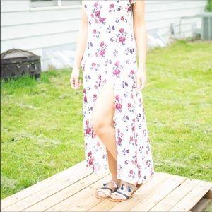 Forever 21 : 2 Slit Floral SPAGHETTI strap Dress